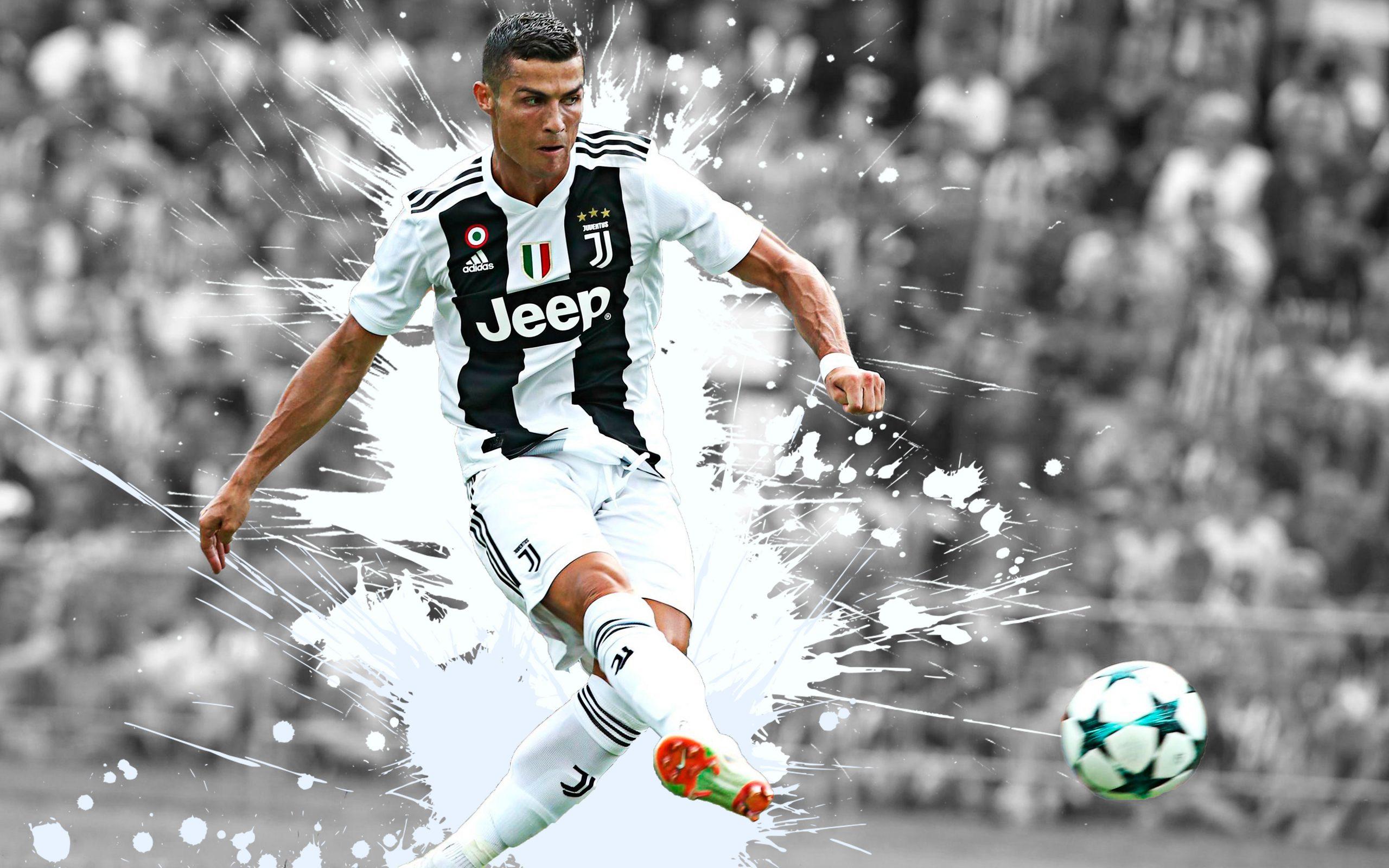 Hình ảnh CR7 trong màu áo Juventus