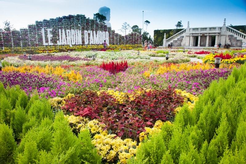 Vườn hoa Le Jardin D'Amour tuyệt đẹp